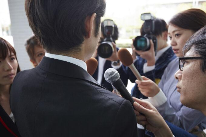 刑事事件は有名な弁護士に依頼すべきか